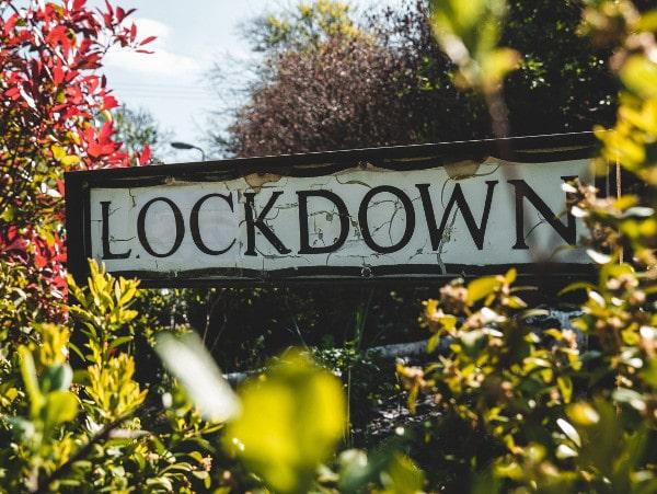 Coronabord lockdown - sfeerbeeld terugbetalen NOW 1